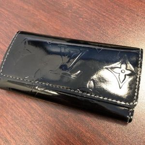 Authentic Louis Vuitton Keys Wallet